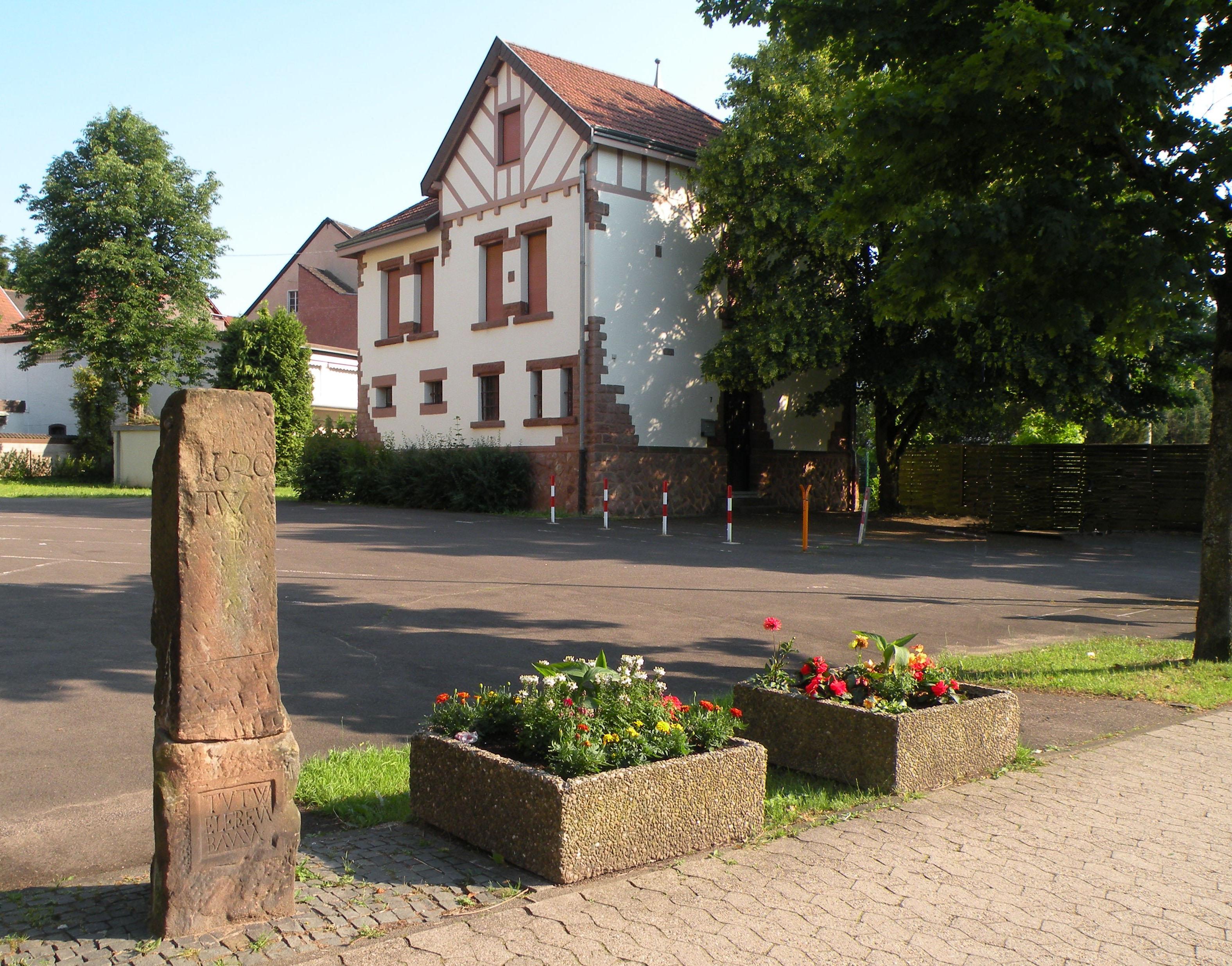 Rathaus Dudweiler Rückfront